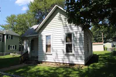 Wabash Single Family Home For Sale: 224 E Maple Street