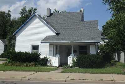 Marion Single Family Home For Sale: 224 W 38th Street