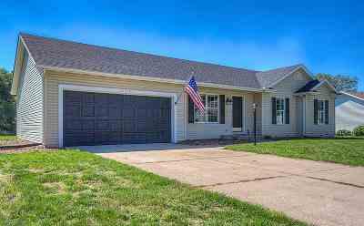 Granger IN Single Family Home For Sale: $185,000