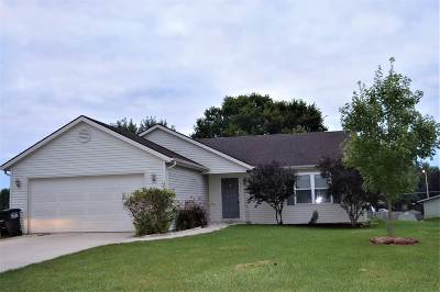 Noble County Single Family Home For Sale: 308 Prairie Cove