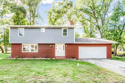 South Bend Single Family Home For Sale: 53449 Bajer Lane
