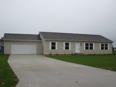 Warsaw IN Single Family Home For Sale: $174,900