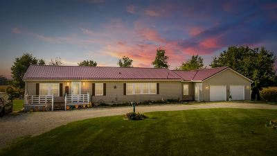 LaGrange County Single Family Home For Sale: 2960 E 450