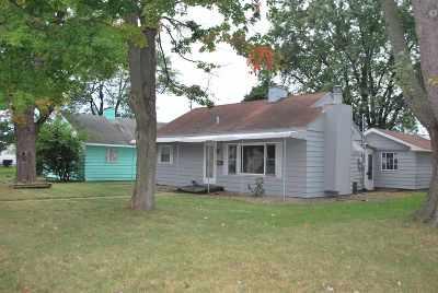 Elkhart Single Family Home For Sale: 306 E Emerald Street