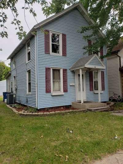 Mishawaka Single Family Home For Sale: 230 E 7th