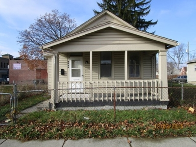 Fort Wayne Multi Family Home For Sale: 2612 Gay Street