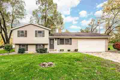 South Bend Single Family Home For Sale: 17980 Tollview