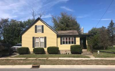 Noble County Single Family Home For Sale: 208 Lincolnway West