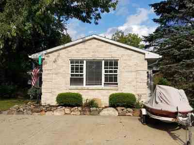 Hamilton Single Family Home For Sale: 320 Lane 101 Hamilton Lake
