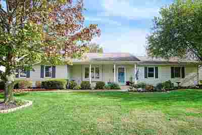 South Bend Single Family Home For Sale: 21069 Baneberry Trail