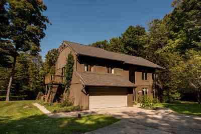 Single Family Home For Sale: 18113 Beechwood Lane