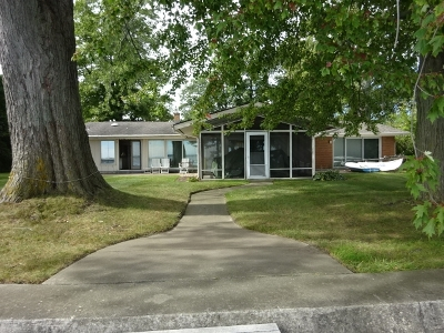 Syracuse Single Family Home For Sale: 6167 E Pickwick Park Drive #Main Hou