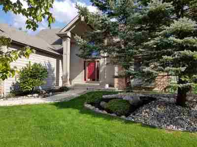 Fort Wayne Single Family Home For Sale: 619 Blackthorn Cove
