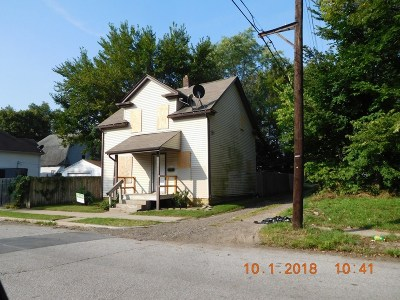 St. Joseph County Single Family Home For Sale: 2117 S Saint Joseph St
