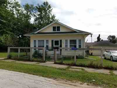 Elkhart Single Family Home For Sale: 239 La Salle Street