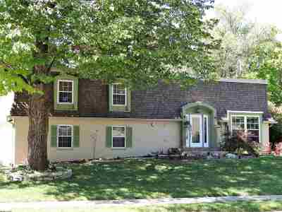Single Family Home For Sale: 37 Wilson