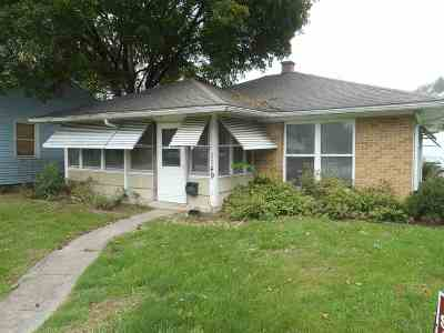South Bend Single Family Home For Sale: 1149 Calvert Street