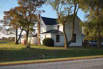 Markle Single Family Home For Sale: 10072 N Marzane Rd.