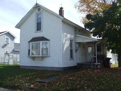 Huntington Single Family Home For Sale: 1503 Sabine