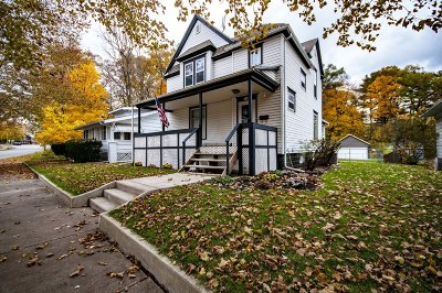 Elkhart Single Family Home For Sale: 726 W Lexington Avenue