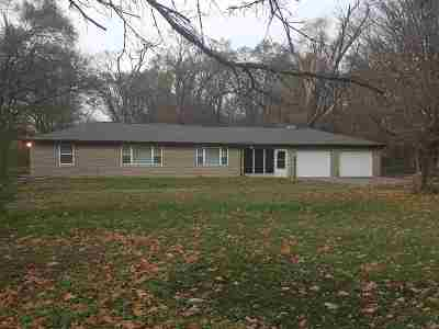 Mishawaka Single Family Home For Sale: 12061 McKinley Highway