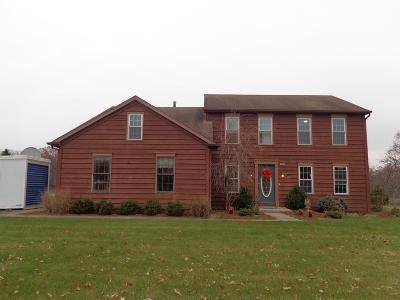 Allen County, Kosciusko County, Noble County, Whitley County Single Family Home For Sale: 3205 Oak Glen Trail