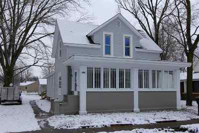 Kosciusko County Single Family Home For Sale: 107 N Henry Street