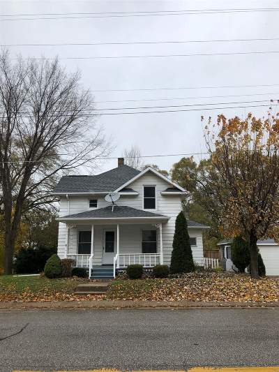 St. Joseph County Single Family Home For Sale: 703 E Center Highway