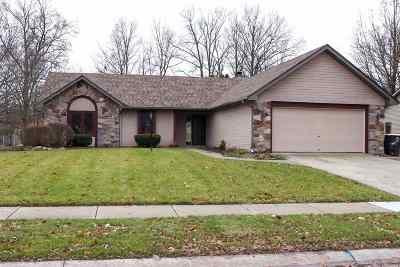 Single Family Home For Sale: 2217 Foxboro