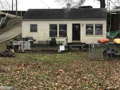 Noble County Single Family Home For Sale: 9236 N Steinbarger Lake Road
