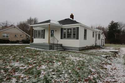 Mishawaka Single Family Home For Sale: 2124 E Jefferson