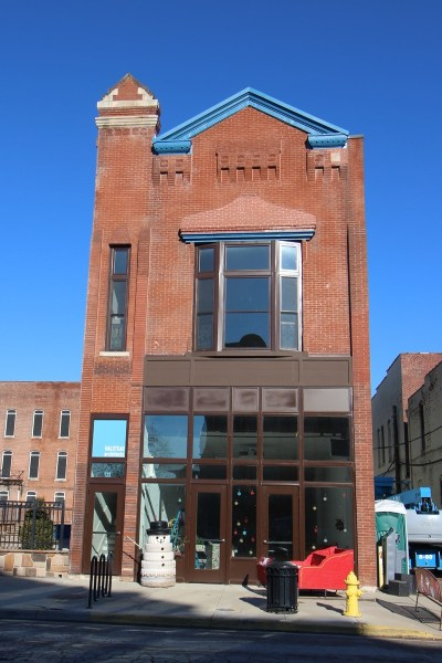 Commercial Lease For Lease: 123 E 3rd Street