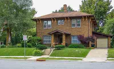 St. Joseph County Single Family Home For Sale: 721 Riverside Dr