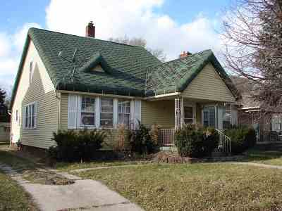 St. Joseph County Single Family Home For Sale: 1639 Magnolia