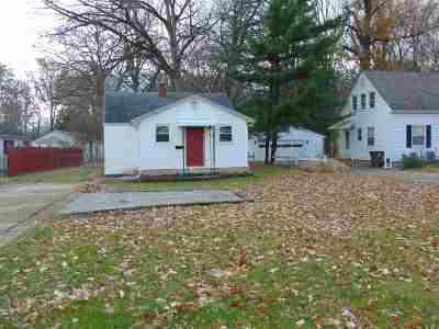 Fort Wayne Single Family Home For Sale: 1811 Lower Huntington Road