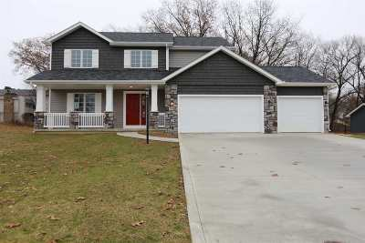 Elkhart Single Family Home For Sale: 304 Haines Drive