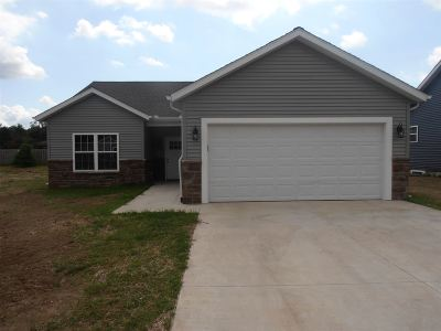 St. Joseph County Single Family Home For Sale: 5431 Bay Char Court