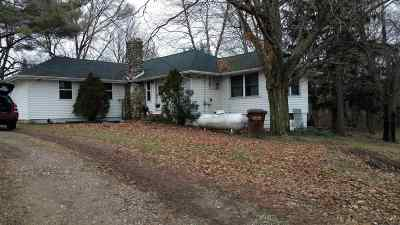 LaGrange County Single Family Home For Sale: 3710 E State Road 120
