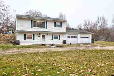 North Webster Single Family Home For Sale: 5583 N 675 E