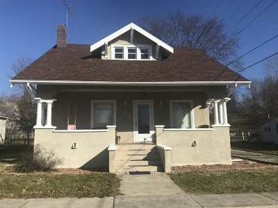 Markle Single Family Home For Sale: 155 Curry Street