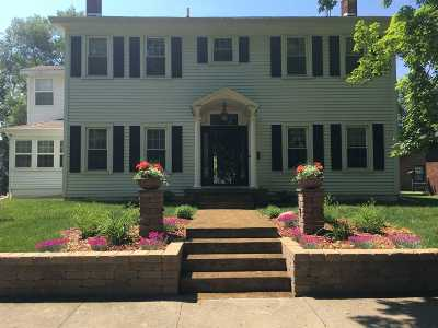 North Manchester Single Family Home For Sale: 305 W Main St Street