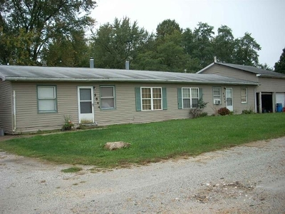 Marshall County Single Family Home For Sale: 9846-9844 Redwood Street