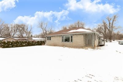 South Bend Single Family Home For Sale: 17847 State Road 23
