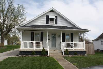 Huntingburg Single Family Home For Sale: 103 N Chestnut Street