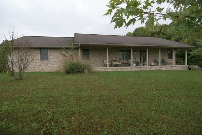 Dubois County Single Family Home For Sale: 10454 E State Road 64