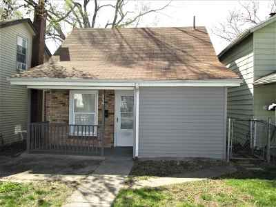 Mishawaka Single Family Home For Sale: 319 W Lawrence Street