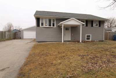 Gas City Single Family Home Cont-Accptngbackupoffers: 813 Eastmont Drive
