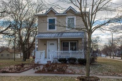 Elkhart Single Family Home For Sale: 635 W Garfield Avenue