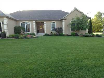 South Bend Single Family Home For Sale: 51642 Windyridge Court