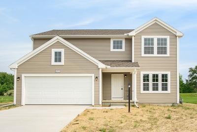 Elkhart Single Family Home For Sale: 28735 Golden Pond Trail